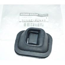 Пыльник вилки КПП Nissan RB26 RB25 RB20 R32 R33 R34 30542-31G10