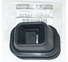 Пыльник вилки КПП Nissan RB26 RB25 RB20 R32 R33 R34 30542-69F00