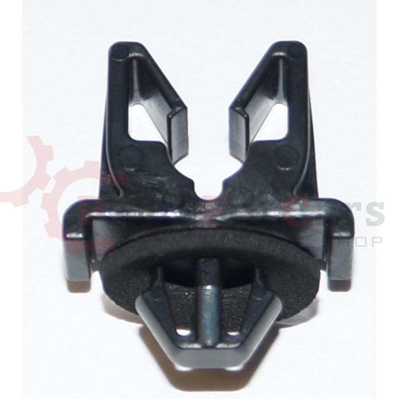 Зажим трубки тормозных магистралей Nissan 46271-01G10